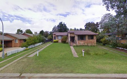 2/8 Mckeon Av, Armidale NSW 2350