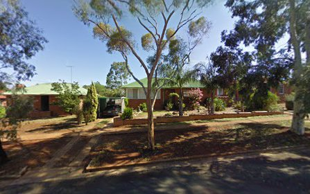 8 Mitchell Street, Parkes NSW