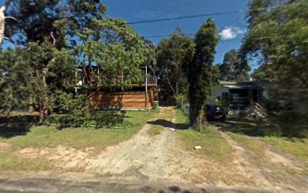 102 Cams Boulevard, Summerland Point NSW