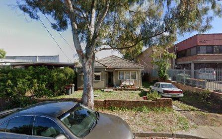 4 Pettit Av, Lakemba NSW 2195