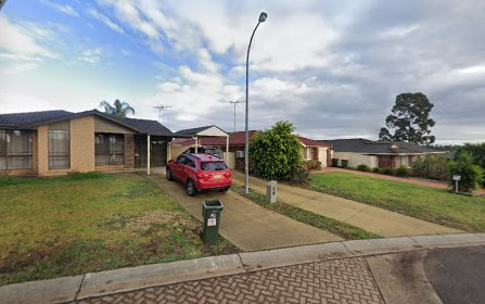 16 Elliot Place, St Helens Park NSW