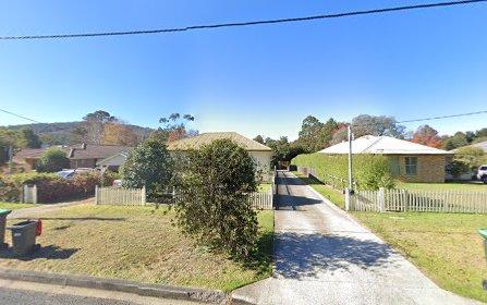 10 Henderson Av, Mittagong NSW 2575