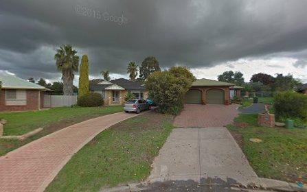 8 Corella Place, Estella NSW