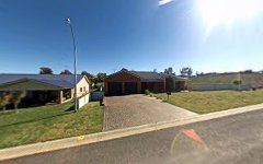3 Settlers Place, Young NSW