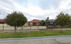21 Evergreen Avenue, Avondale Heights VIC