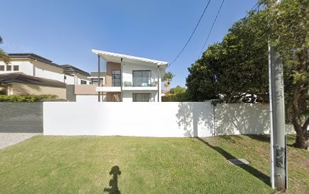 7 Beverley Crescent, Broadbeach Waters QLD
