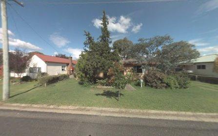 8 Barry Street, Armidale NSW