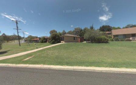 2/2 Bishop Cr, Armidale NSW 2350