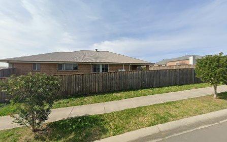 35 Grasshawk Drive, Chisholm NSW