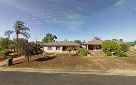 93 Victoria St, Parkes NSW 2870