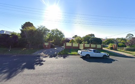 4 Kearneys Dr, Orange NSW 2800