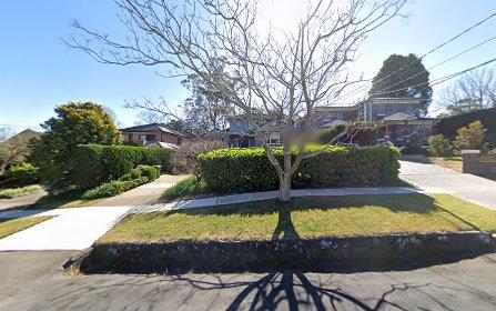3 Mungarra Av, St Ives NSW 2075