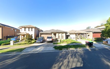 18 Jubilee Drive, Jordan Springs NSW