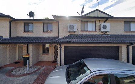2/31 Third Av, Blacktown NSW 2148