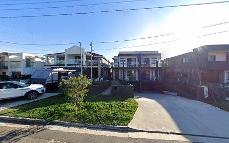 39 Lauma Avenue, Greenacre NSW