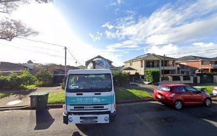 79 Highview Av, Greenacre NSW 2190