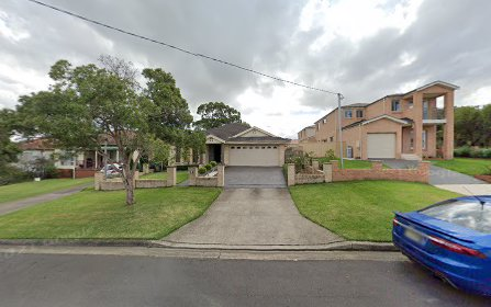 4 Winifred Street, Condell Park NSW 2200