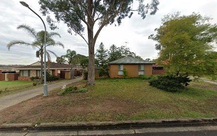 10 Bensbach Road, Glenfield NSW