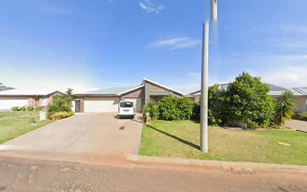 169 Clifton Blvd, Griffith NSW