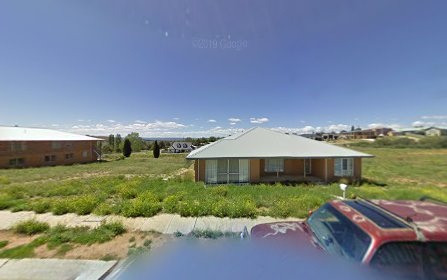 10 East Camp Drive, Cooma NSW 2630