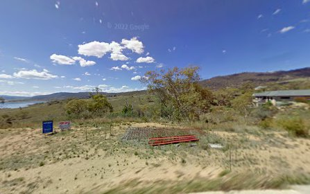 8 Lakeview Terrace, East Jindabyne NSW 2627