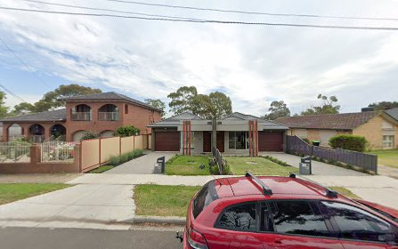 13 Willow Dr, Avondale Heights VIC 3034