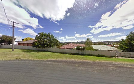 13 Williams Place, Armidale NSW 2350