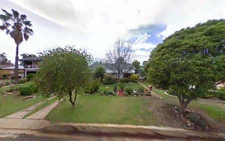 8 KAMILAROI CRESCENT, Manilla NSW 2346
