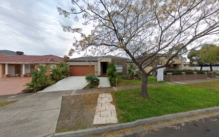 12 Coomgarie Tce, Cairnlea VIC 3023