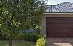 3 TWEED PLACE, Dubbo NSW