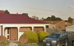 7 Sheepfold Court, Melton West Vic