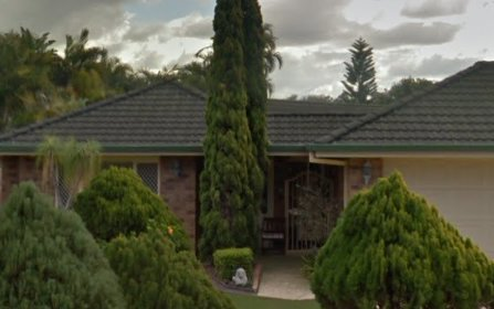 60 Clubhouse Drive, Arundel QLD 4214
