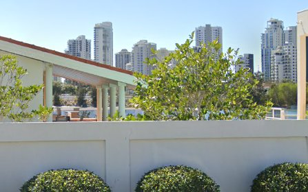 79-81 Commodore Drive, Paradise Waters QLD