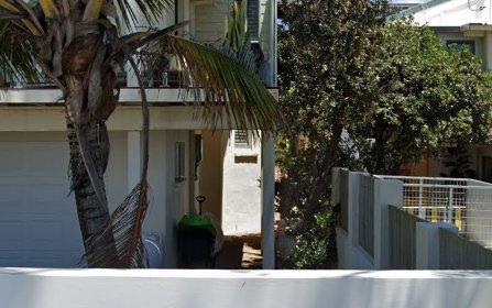440 The Esplanade, Palm Beach QLD 4221