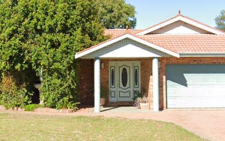 13 Ron Gordon Place, Dubbo NSW