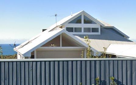102 Burwood Road, Whitebridge NSW