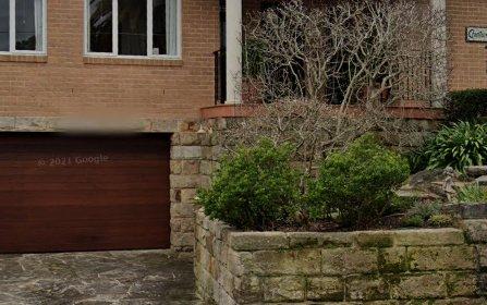 9 Narani Cr, Northbridge NSW 2063