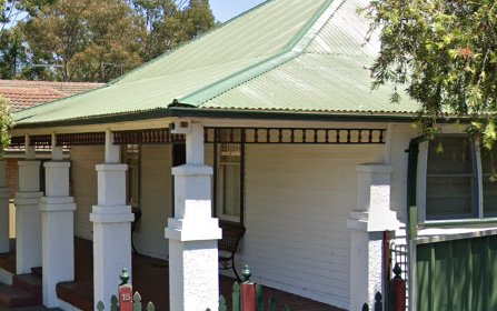 15 Bayfield Rd, Greystanes NSW 2145