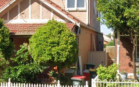 8 Calvert St, Marrickville NSW 2204