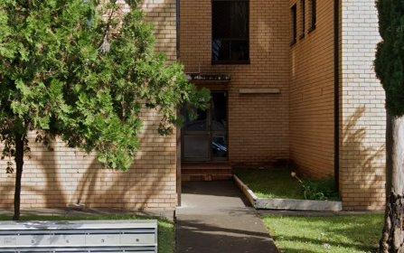 4/7 Forbes Street, Warwick Farm NSW