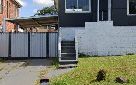 14 Simmat Av, Condell Park NSW 2200