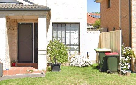 6 Winnaleah St, West Hoxton NSW 2171