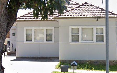84 Stoddart Street, Roselands NSW