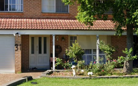 31 Simone Crescent, Casula NSW