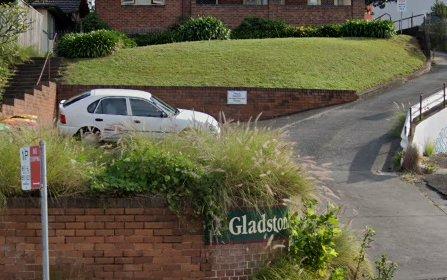 2 Gladstone Avenue, Wollongong NSW