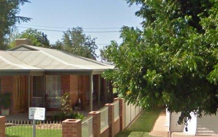 73 Kurrajong Avenue, Leeton NSW