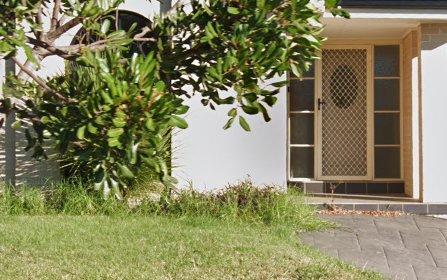18 Hicks Terrace, Shell Cove NSW