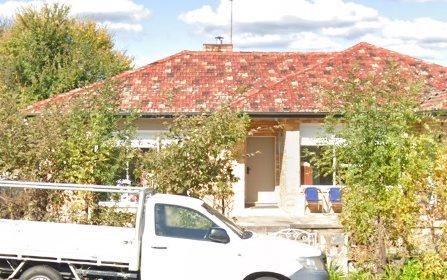 17 Antill St, Queanbeyan NSW 2620