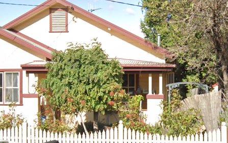9 Hirst Avenue, Queanbeyan NSW