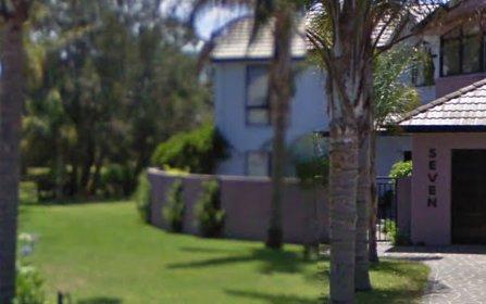 7 Honeysuckle Close, Burrill Lake NSW 2539